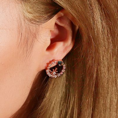 Wreath Stud Earrings
