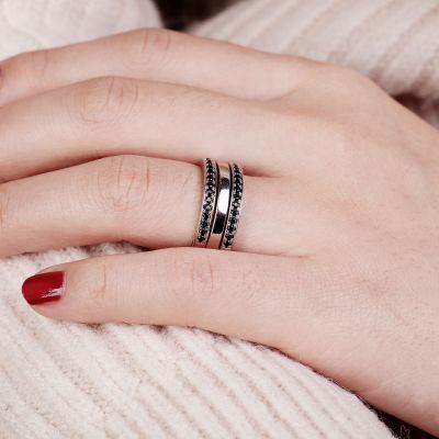 Bicolor Stone Ring