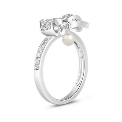 White Crystal Bowknot Ring